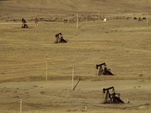 Oil-Pumpjacks_field_Department-of-EnergyFlickr-e1472829424991