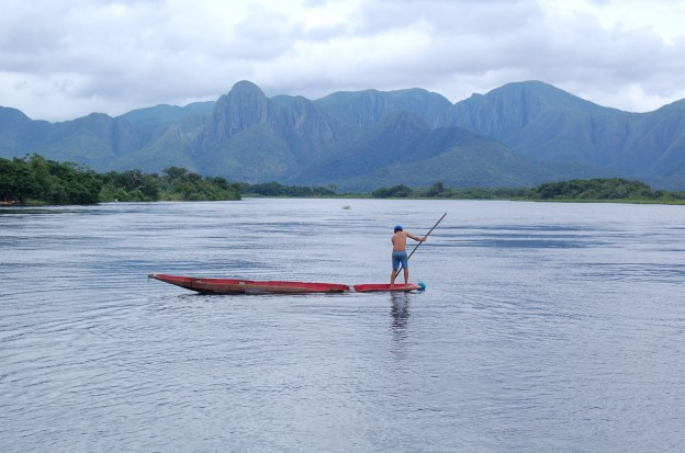 Pescador no Pantanal Matogrossense